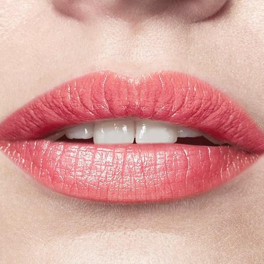 38764 Oriflame – Son dưỡng môi của Oriflame OnColour Colour Boost Lip Balm